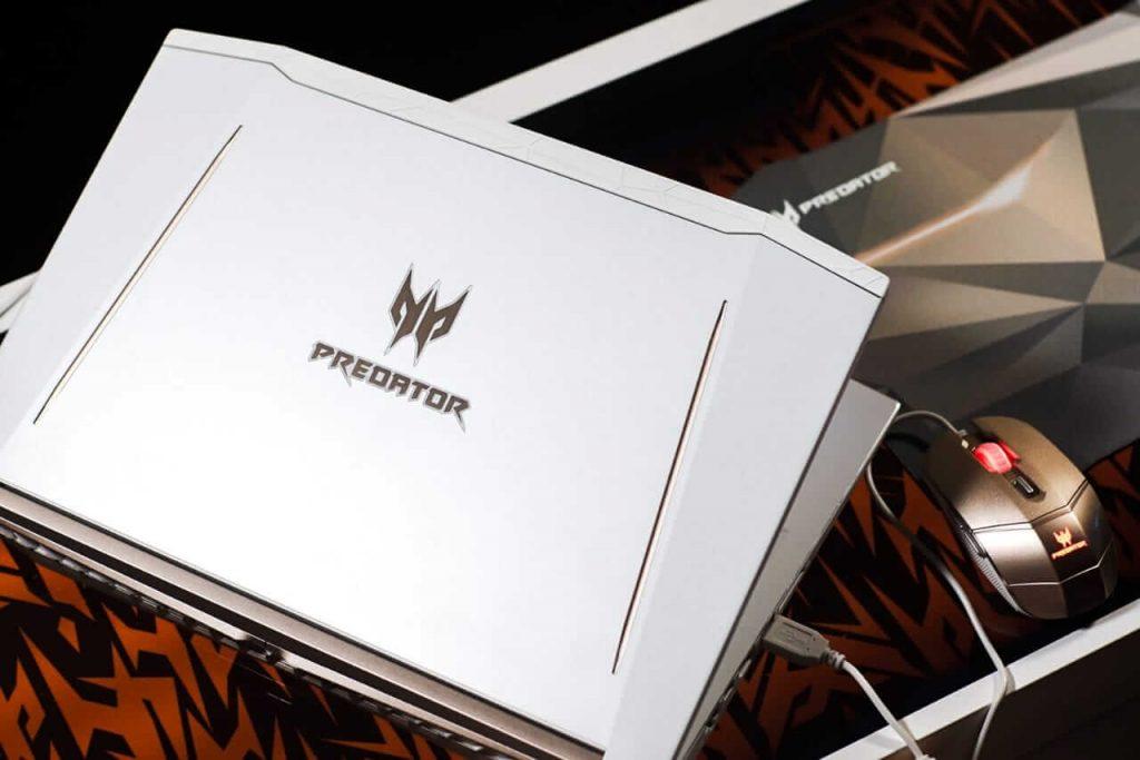 Predator Helios 300 Special Edition