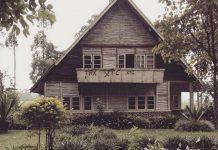 rumah pengabdi setan