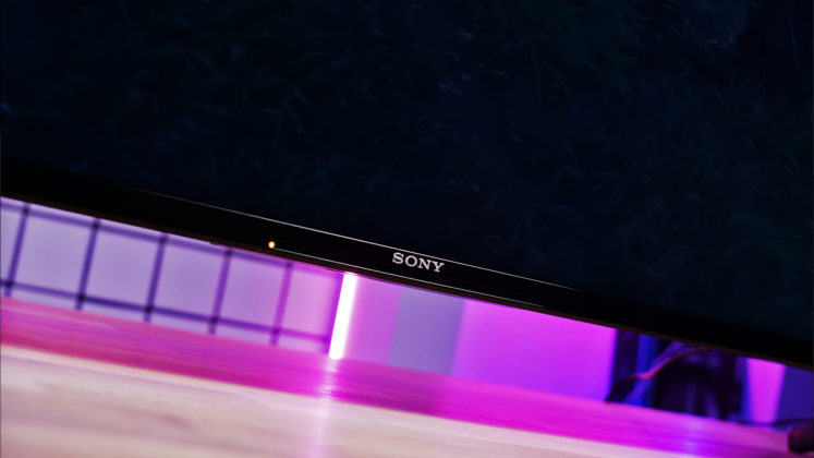Sony X90J